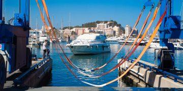 Varadero del puerto de Dénia